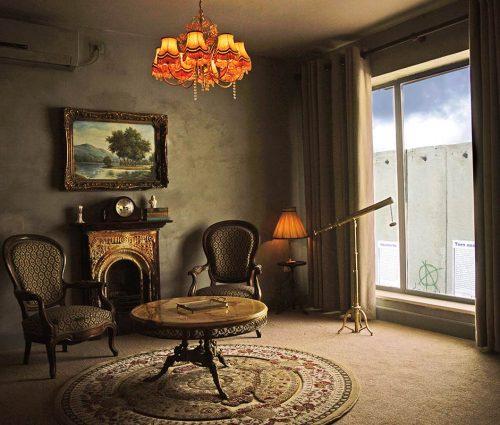 Pimero fue el Hotel de Banksy, ahora llega el reportaje