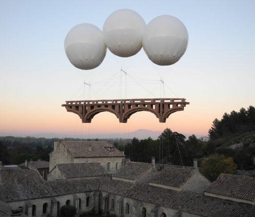 Los puentes flotantes de Olivier Grossetête